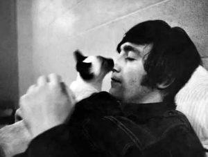 catlover_John Lennon